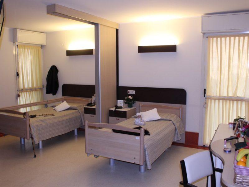 una delle stanze per persone autosufficienti
