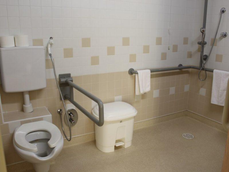 uno dei bagni attrezzati