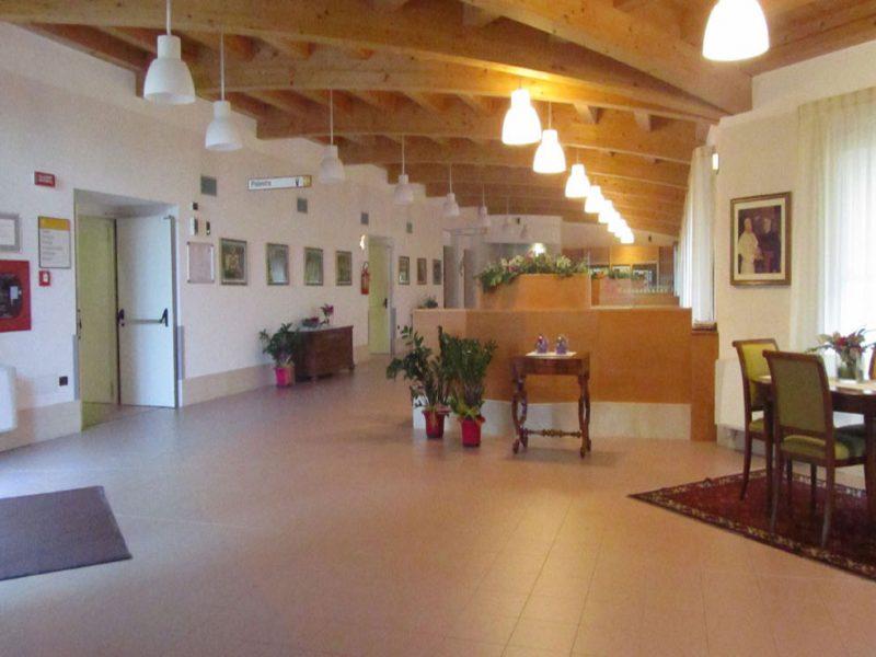 hall d'ingresso e accesso a sala da pranzo