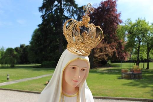 Volto della Statua di Maria
